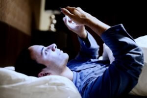 smartphone-overlook-no-sleep