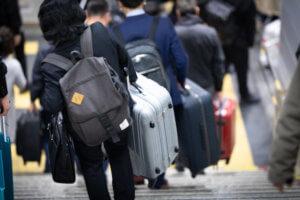出張が多いサラリーマンにオススメのスーツケース:アメリカンツーリスター【毎日更新226】