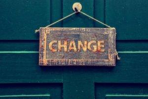 ドメイン変更後にやるべきこと:SEO評価を下げないための方法とは?【毎日更新359】